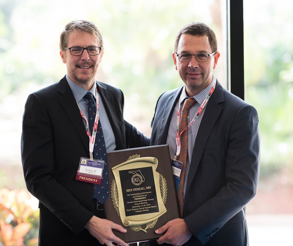 FGS President Ben Pineau receiving FGS President's Award